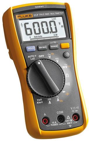 Fluke 117 - digitální multimetr a reproduktor JBL GO2 - 2