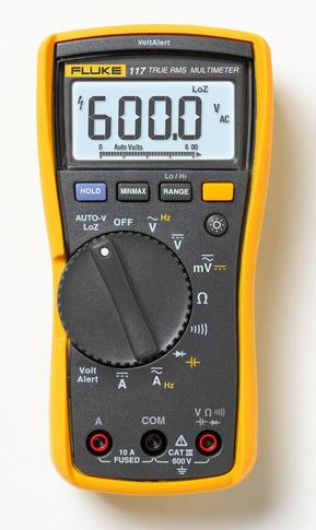 Fluke 117 - digitální multimetr a reproduktor JBL GO2 - 3